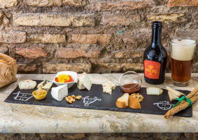 taglere di formaggi